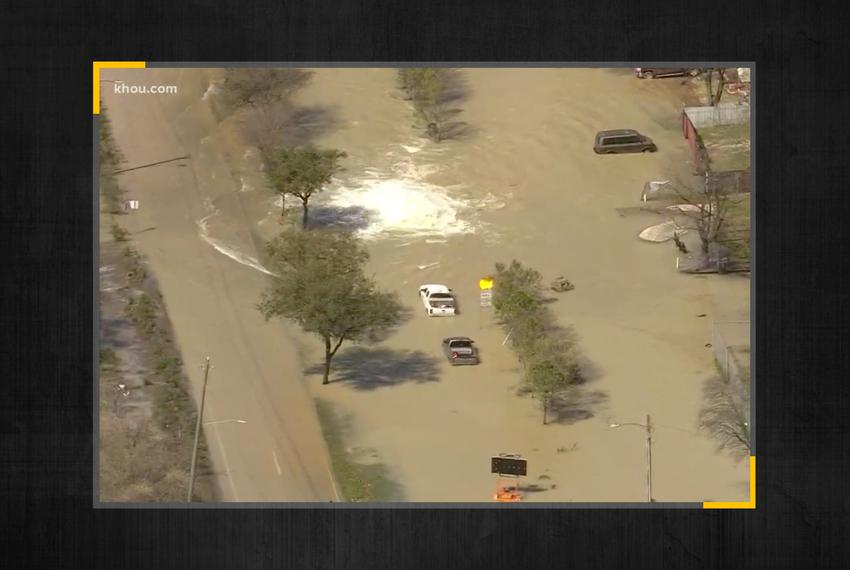 A water main break Thursday in Houston has frozen traffic and closed several polling places on the second-to-last day of ear…