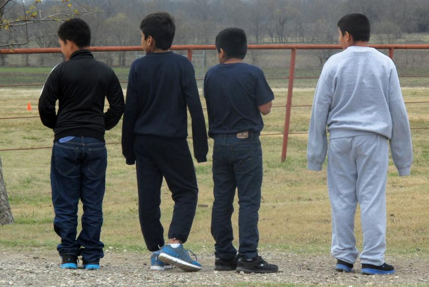 Nearly 180 unaccompanied immigrant children from Central America who crossed the Texas-Mexico border are temporarily staying…