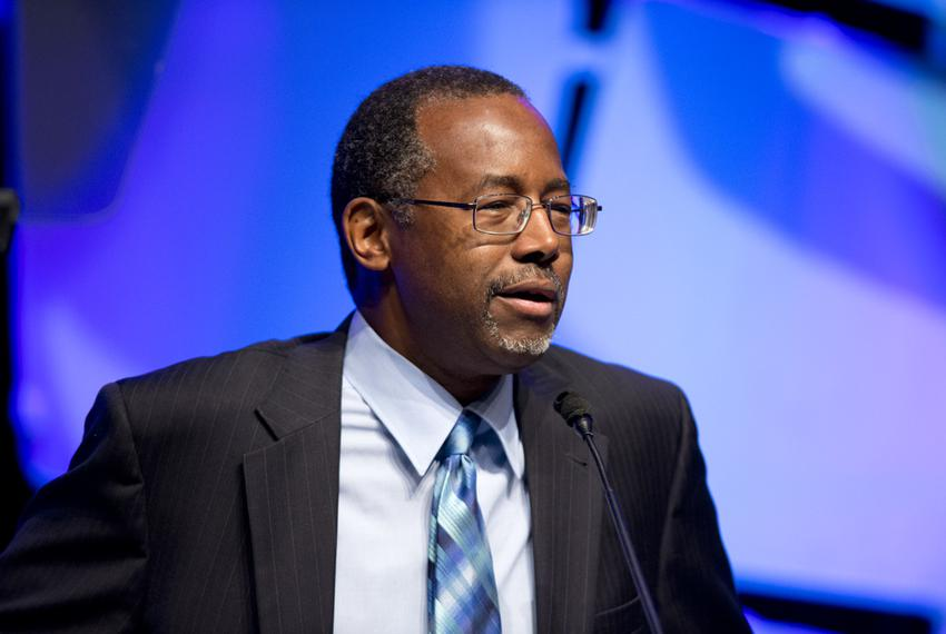 Dr. Ben Carson gives a keynote address to the Texas Hospital Assn. membership on Jan. 22, 2015.  Carson is considering a 201…