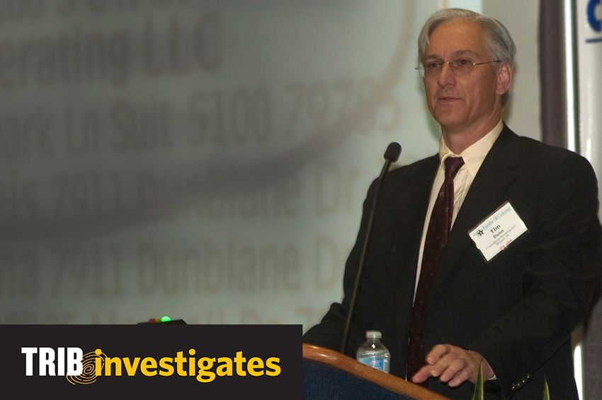 Tim Dunn, CEO of CrownQuest Operating, LLC, speaks at the 2011 Executive Oil Conference.