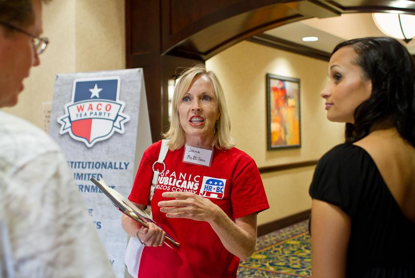 Jana McMillan speaks with Katrina Pierson, right, and another attendee of The Waco Tea Party's Grassroots Survival School ...