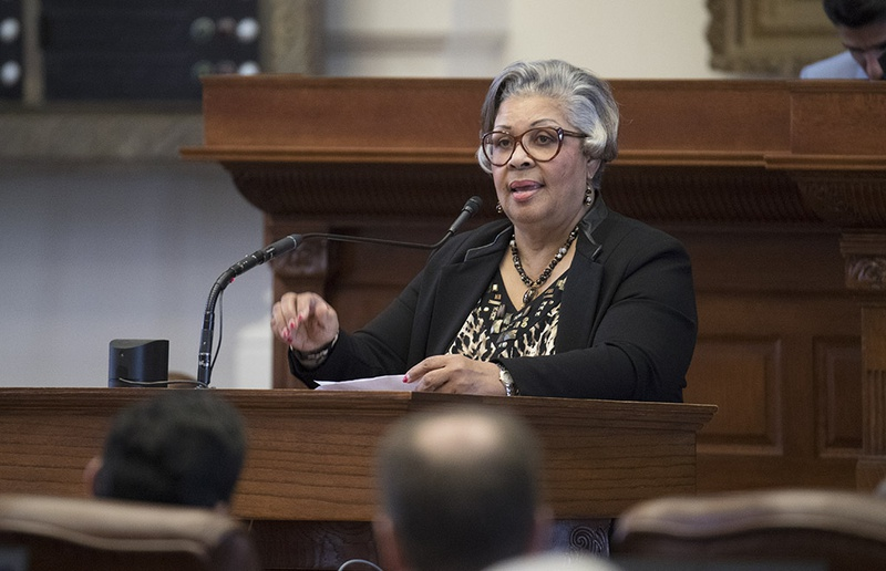 State Rep. Senfronia Thompson, D-Houston, gives a personal privilege speech May 4, 2017 on the House floor regarding her bill on human trafficking.