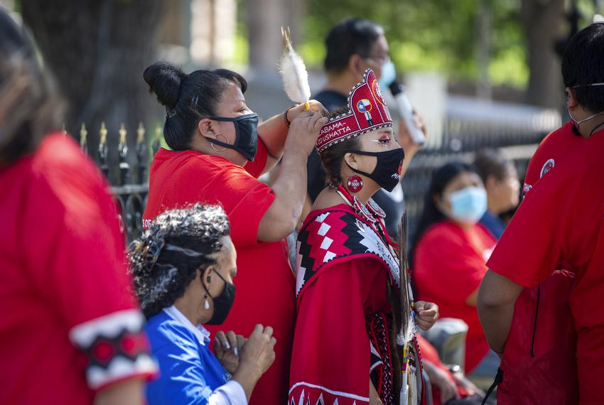Members of the Alabama-Coushatta Tribe rallied outside of the Capitol today to help increase voter turnout. Tribal Council C…