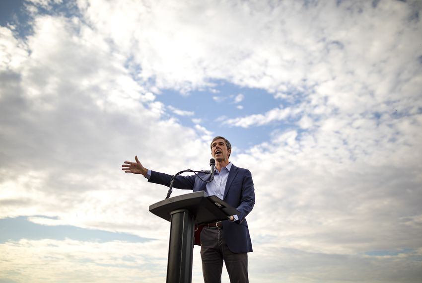 Presidential candidate Beto O'Rourke speaks to supporters at Tom Lee Park on Aug. 15, 2019, in El Paso.