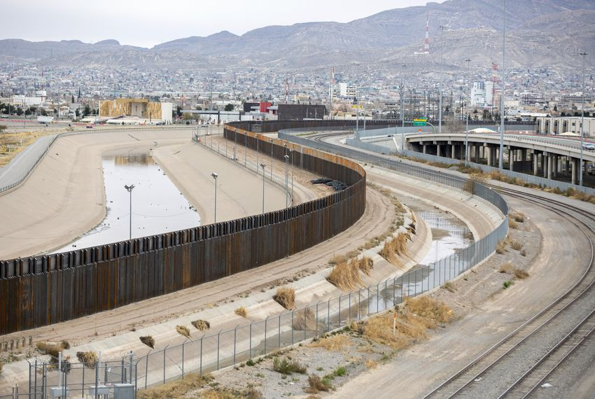 The border fence between El Paso and Juarez.