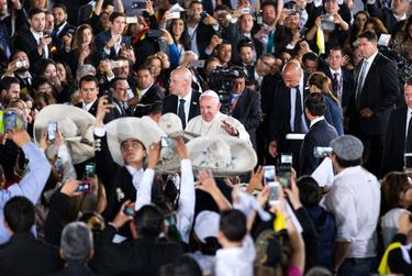 Pope Francis greets parishioners and a group of Mariachis as he is escorted by Mexican President Enrique Peña Nieto and his wife, Angelica Rivera de Peña, before departing at Abraham Gonzalez International Airport in Ciudad Juárez on Feb. 17, 2016.