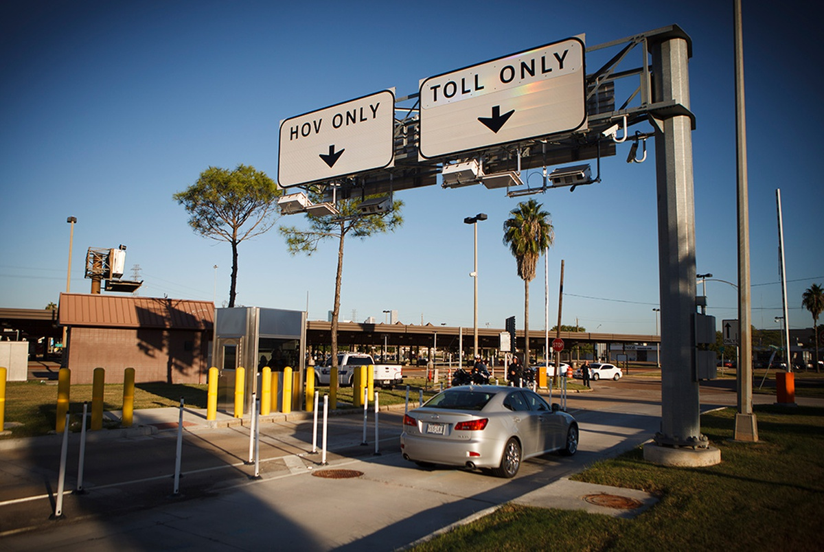 texas toll roads essay Let's not allow a simplistic reaction to direct funding of highways -- as opposed to  our current indirect approach -- keep us from doing things that.