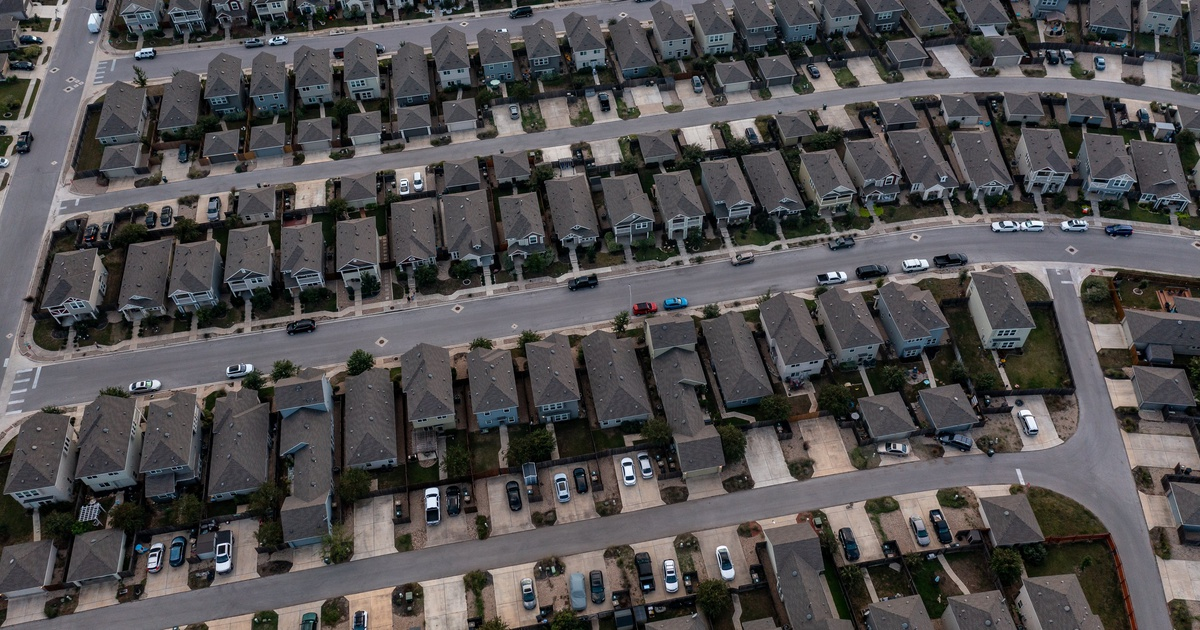 An Aerial image of a suburban neighborhood in San Marcos on October 18, 2021.