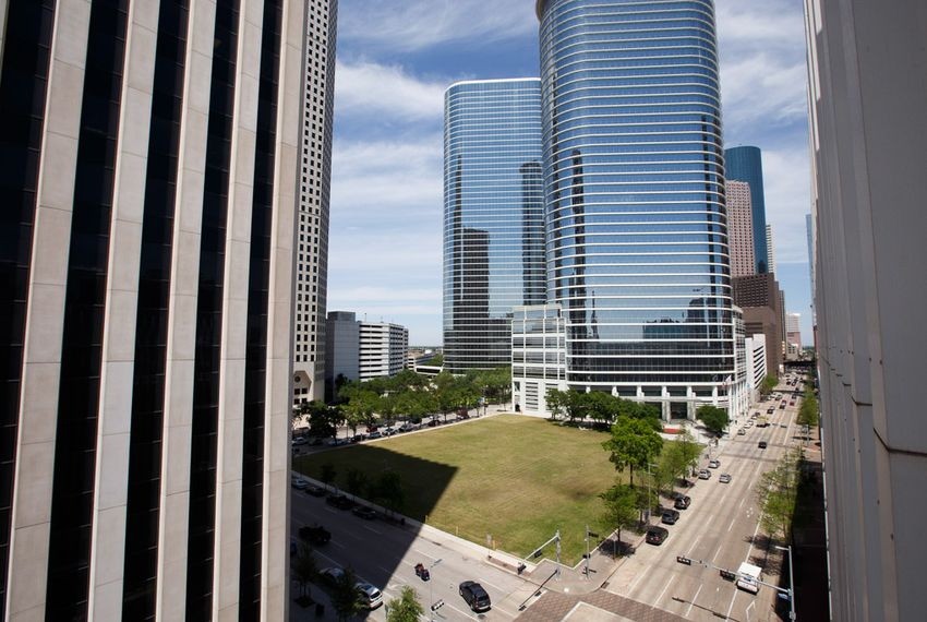 Chevron was expected to build an office building at 1600 Louisiana Street in downtown Houston. More than two years after receiving state support for the project, company company officials say they have no plans to build the tower in the near future.
