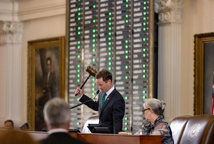 House Speaker Dade Phelan declares that a quorum is not present on Aug. 9, 2021.