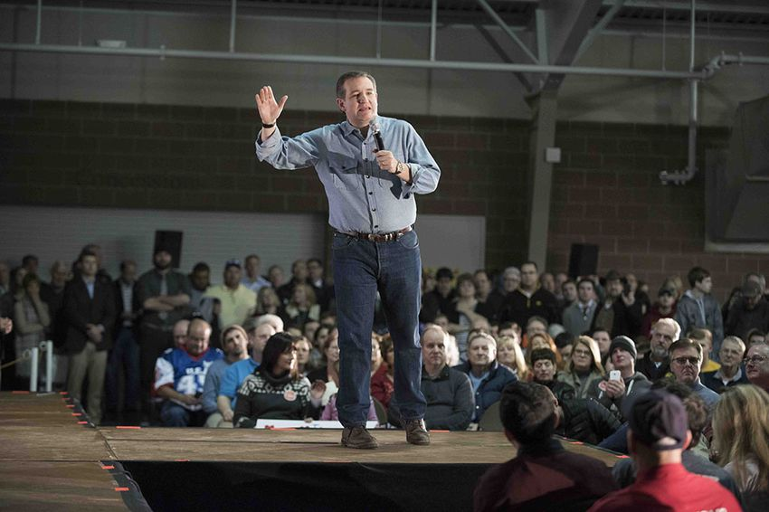 U.S. Sen. Ted Cruz makes a final pitch to Iowans at the State Fairgrounds on Jan. 31, 2016.