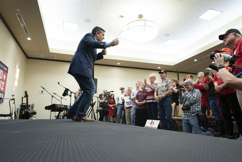 U.S. Sen. Ted Cruz campaigns on the last weekend before the midterm elections before 300 people in Victoria, Texas