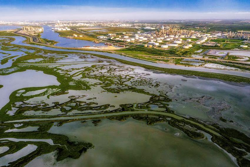 Brian Lehmann/Circle of Blue. Though the pandemic slowed construction around the Corpus Christi port, water is required for …