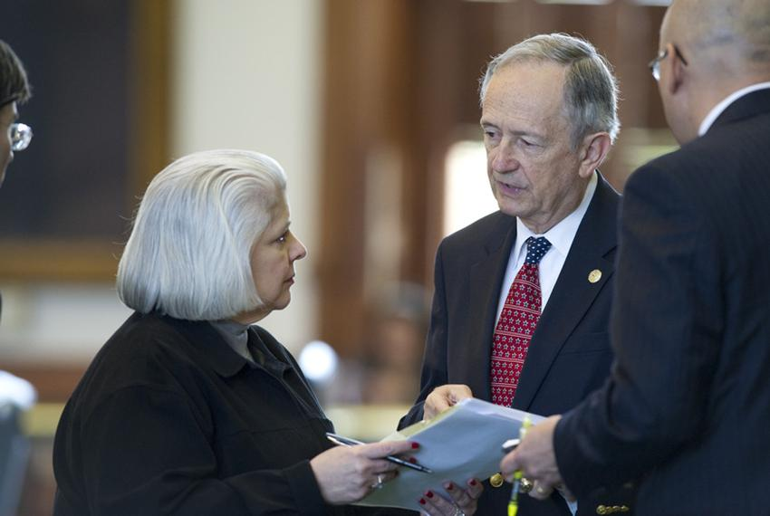 Senator Jeff Wentworth (r), R-San Antonio, discusses his campus-carry amendment with Sen. Judith Zaffirini (l), D-Laredo, on…