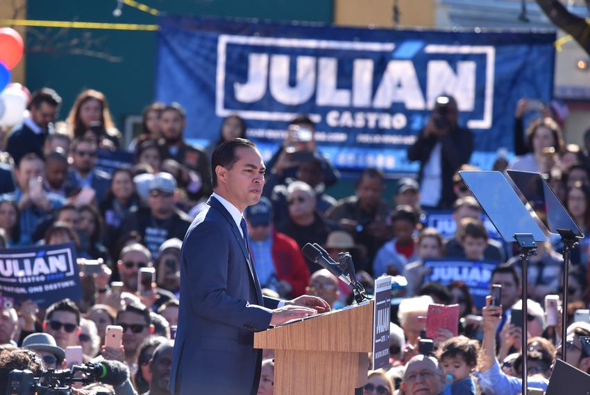 Former Housing and Urban Development Secretary Julián Castro announces his 2020 bid for president in San Antonio on Jan. 12,…
