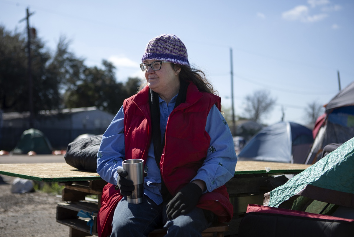 Advocates say expanding Medicaid could help the homeless. Greg Abbott says he's weighing options.