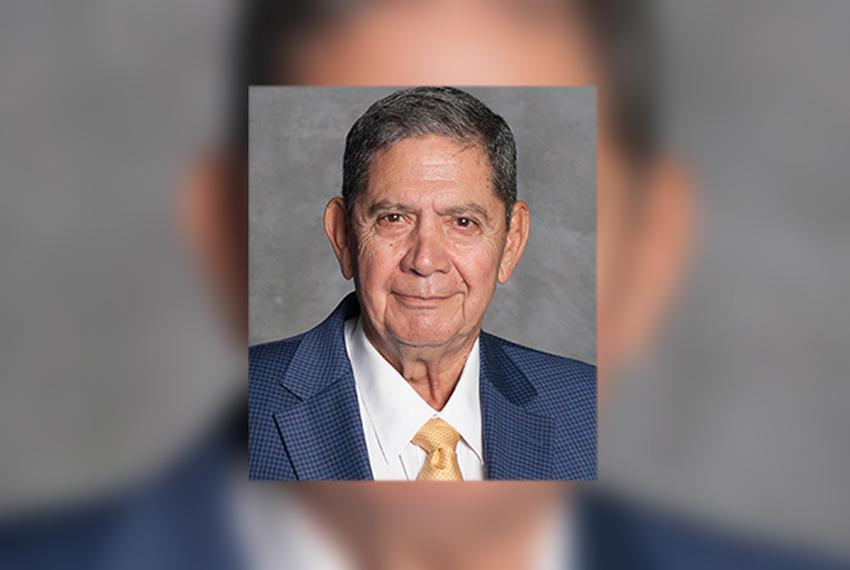 Rudy Bowles faces incumbent David R. Saucedo in the Democratic runoff for Maverick County judge.