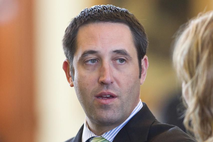 State Sen. Glenn Hegar, R-Katy, speaks to state Sen. Joan Huffman, R-Houston.