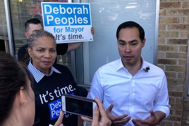 Chairman of the Tarrant County Democratic Party and mayoral candidate Deborah Peoples and presidential candidate Julián Castro talk to the press in Fort Worth on May 5, 2019.