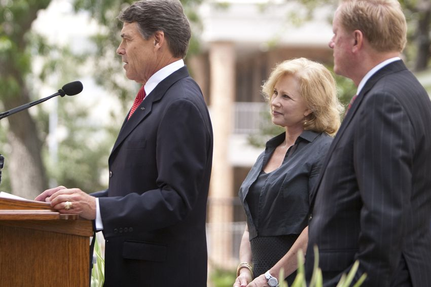 Gov. Rick Perry, first lady Anita Perry and state Rep. Jim Pitts at the unveiling of the restored Texas Governor's Mansion on July 18, 2012.