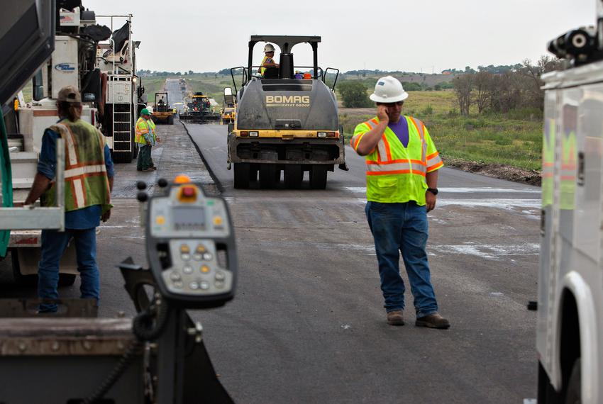 Workers during the construction of Texas toll road SH130.