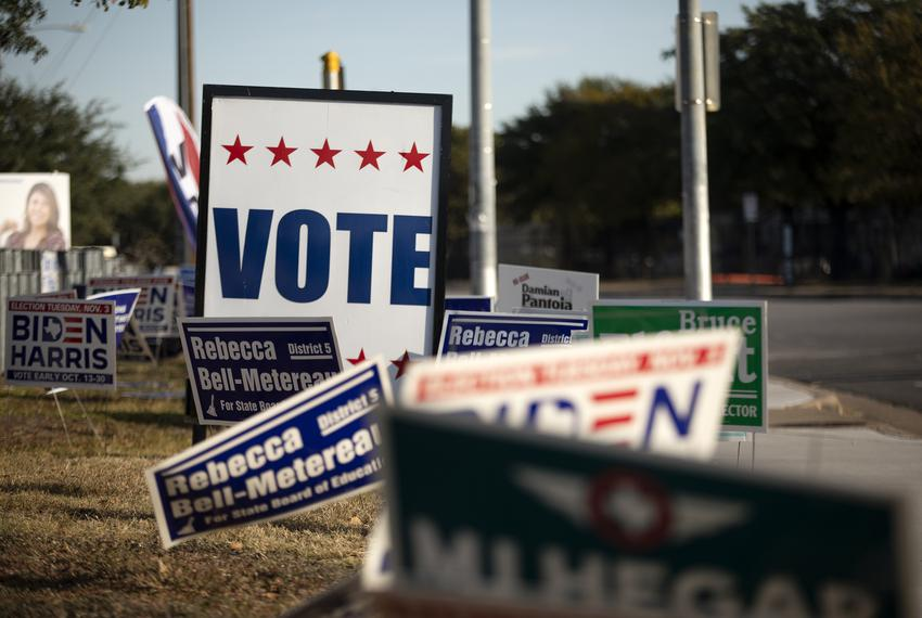Voting signs at Dan Ruiz Branch Library in Austin on Election Day. Nov. 3, 2020.