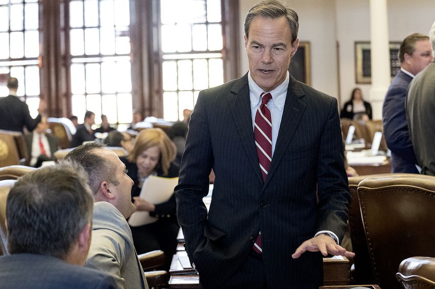 State House Speaker Joe Straus on the floor as the House takes up the budget on April 6, 2017.