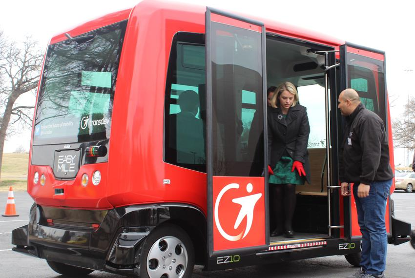The Alliance for Transportation Innovation in February 2016 offered Texans trips in a driverless shuttle that maneuvered alo…