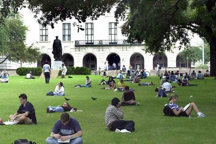 Students on the University of Texas at Austin campus.