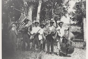 A photo of a band at the Juneteenth celebration at Eastwoods Park in Austin in 1900.