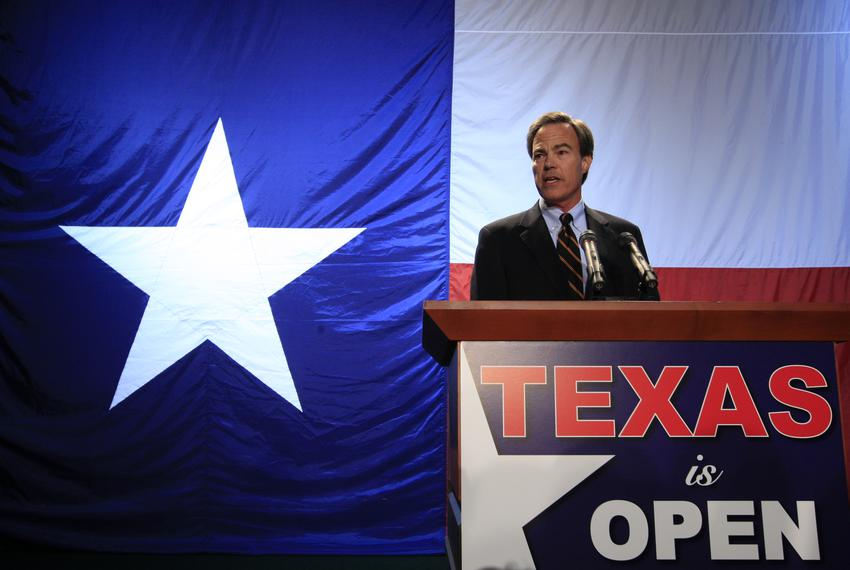Texas House Speaker Joe Straus addressing Republicans on Nov. 2, 2010.