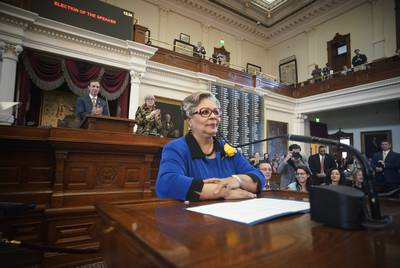 State Rep. Senfronia Thompson, D-Houston, gives a seconding speech in favor of electing state Rep. Dennis Bonnen as the new House speaker.