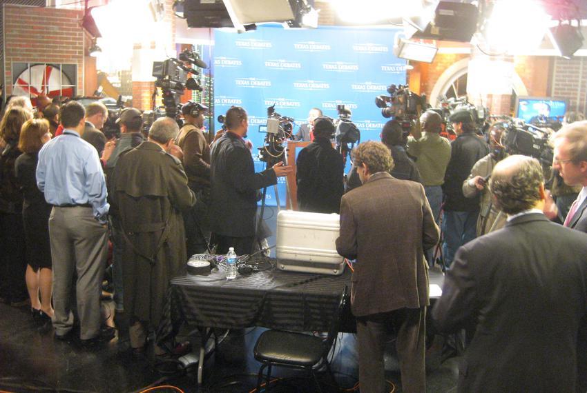 Feb 8, 2010. The press conference following the Democratic gubernatorial debate.