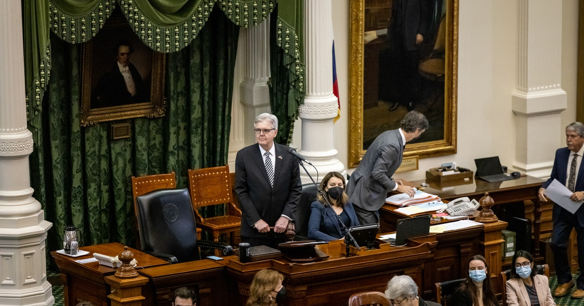 Texas Senate approves a $250 billion state budget — but questions remain about how federal aid will be used
