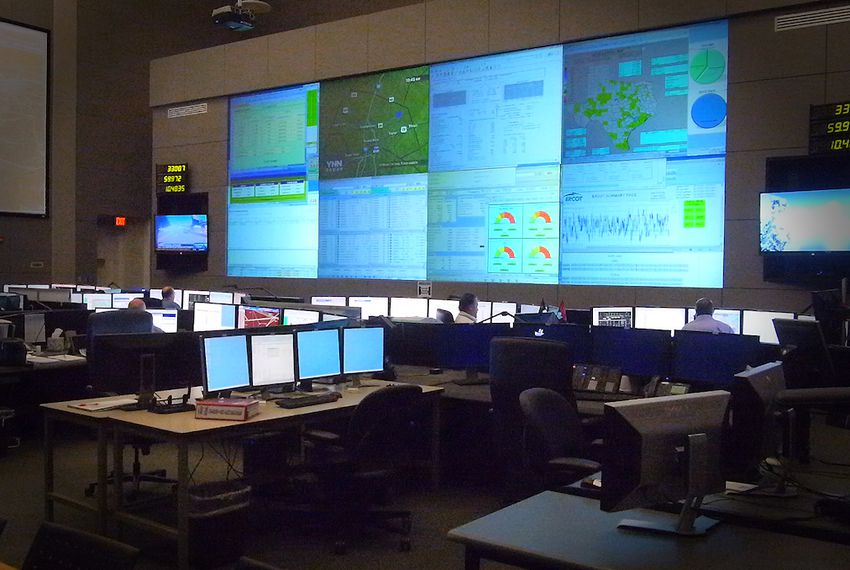 A look inside the ERCOT control center in 2013.