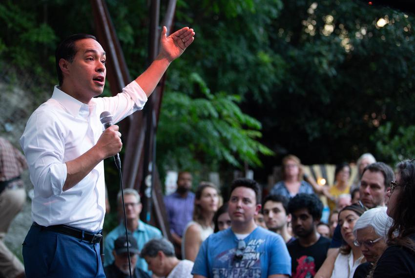 Presidential candidate and former Housing and Urban Development Secretary Julián Castro speaks to supporters at a rally in...