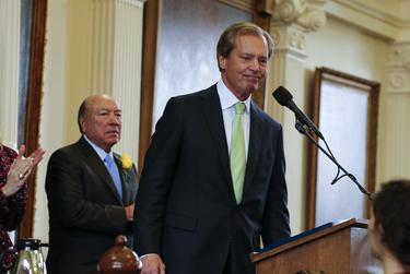 "With Senate President Pro-Tempore ""Chuy"" Hinojosa watching, Lt. Gov. David Dewhurst gives a final speech to the Texas Senate on Jan. 13, 2015."