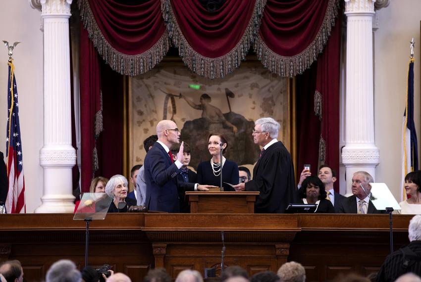 State Rep. Dennis Bonnen, R-Angleton, is sworn in as House speaker by U.S. District Judge John D. Rainey on Tuesday, Jan. 8,…
