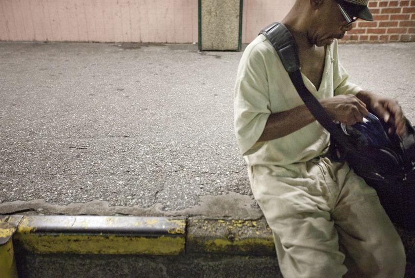 Despite Risks, County Lockups Continue Late Releases | The Texas Tribune