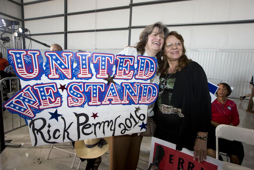 Thursday's event at Addison Airport gave Perry an opportunity to highlight Texas' economic growth during his time as governo…