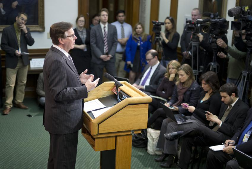 Reporters listen as Lt. Gov.-elect Dan Patrick announces the creation of an advisory council on Jan. 15, 2015.