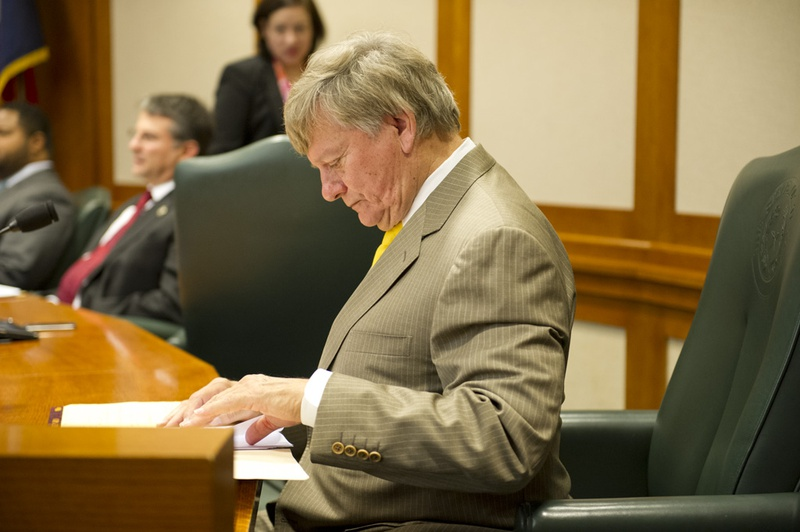 Attorney Rusty Hardin looks over his notes at the House Select Committee on Transparency in State Operations on October 22, 2013.