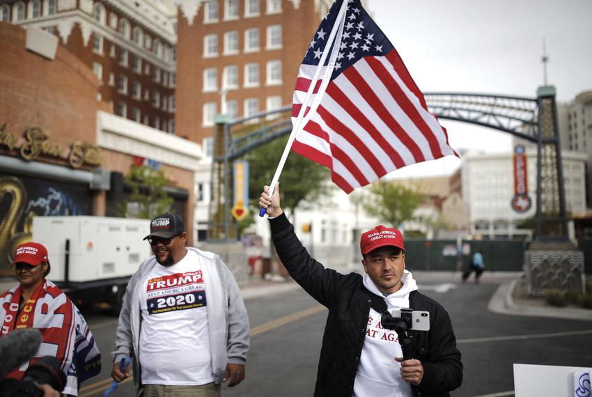 Supporters of President Donald Trump hold a counter rally during Democratic presidential candidate Beto O'Rourke's official …