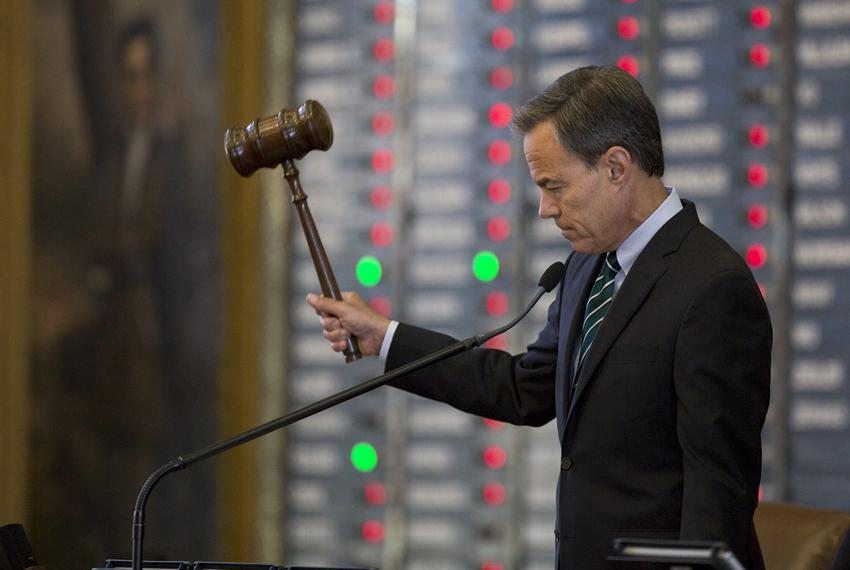 Speaker Straus hits the gavel as members vote no on an amendment on Senate Bill 1, the property tax bill, on Aug. 12, 2017.
