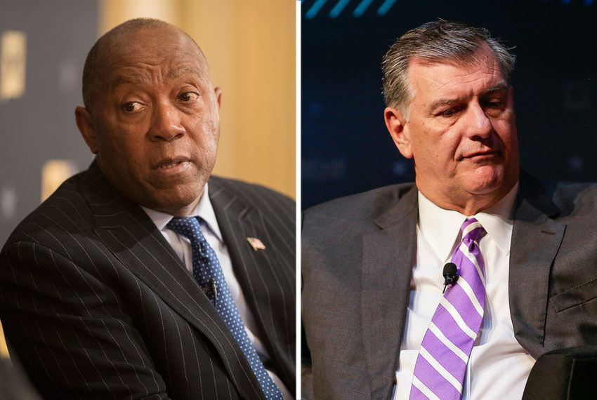 Mayors Sylvester Turner of Houston (l.) and Mike Rawlings of Dallas.