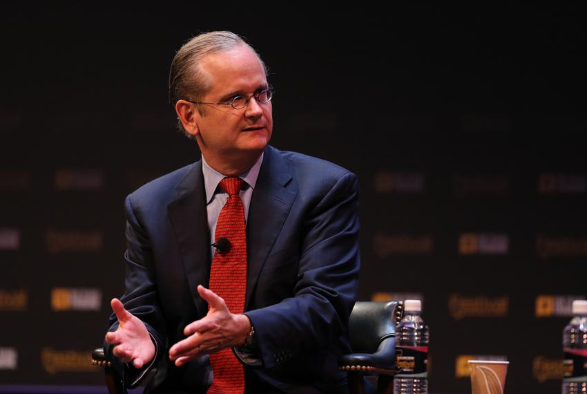 Democratic presidential candidate Lawrence Lessig was interviewed by Washington Post correspondent Karen Tumulty on Oct. 17,…