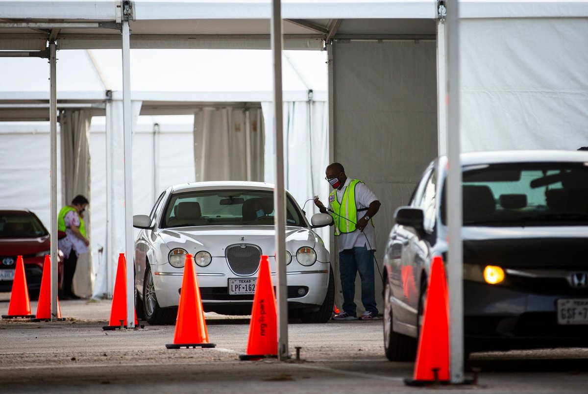 """""""It's wholly un-American"""": Harris County drive-thru voters await court rulings as Texas Republicans push to invalidate 127,000 votes"""