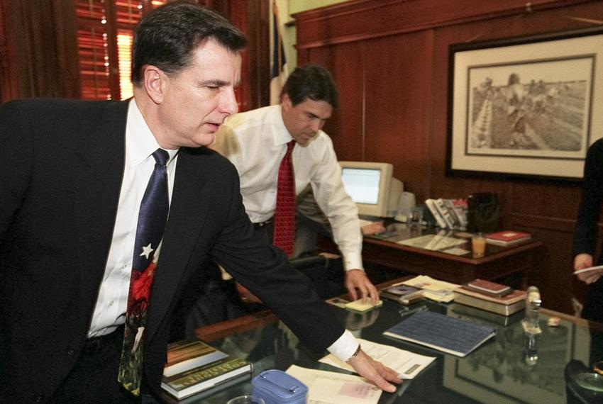Mike Toomey (l), former chief of staff for Texas Governor Rick Perry (r) with the governor on January 21, 2003 in his offi...