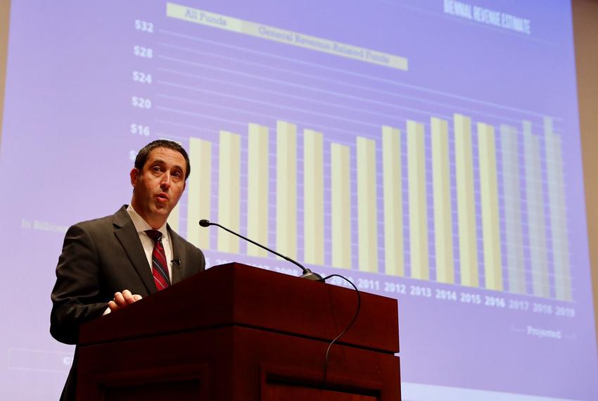 Ahead of the start of the 85th Legislature, state Comptroller Glenn Hegar offers lawmakers the revenue estimate for the bien…