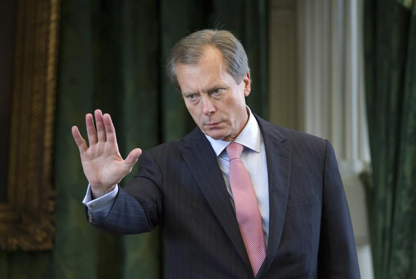 Lt. Governor David Dewhurst gestures toward Senate Democrats as they leave the chamber to caucus on Sunday afternoon May 29,…